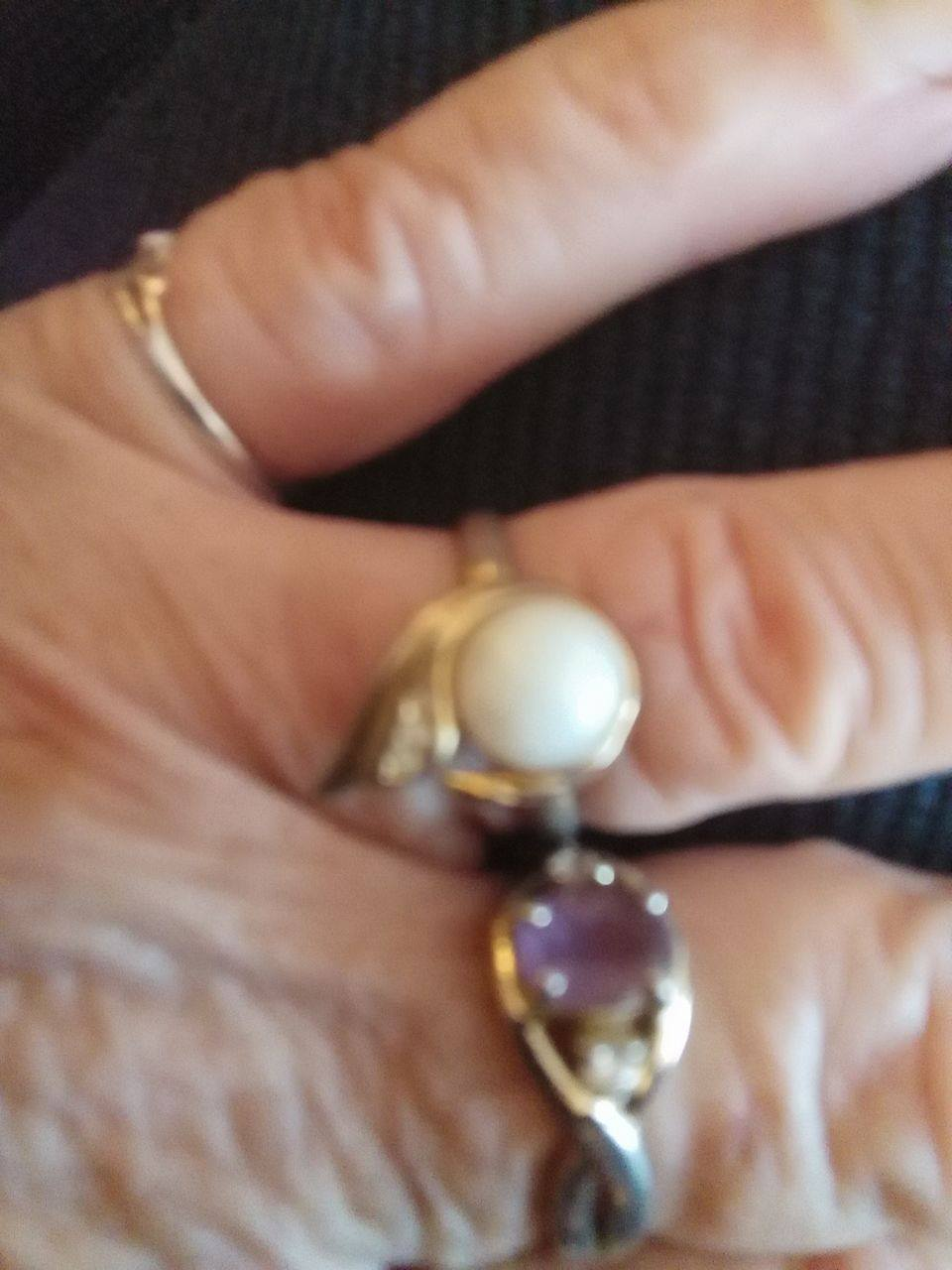 Mom's Wedding Ring Heirloom