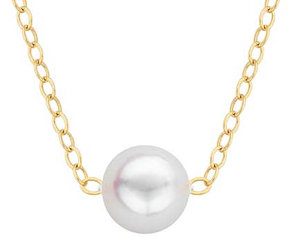 pearl necklace on gold chain